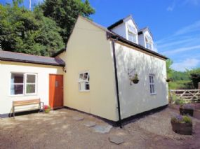 Tarka Cottage Dog Friendly Holidays Great Torrington Devon